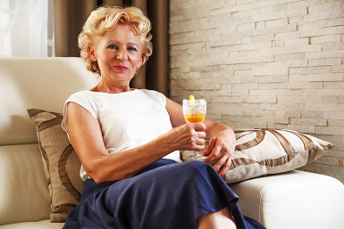 Elderly and alcohol - seniors home care toronto